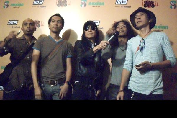 Photo of Video Album SLANK di henpon S Nexian