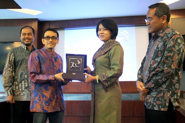 Photo of Kerjasama Pemanfaatan Menara milik RRI oleh XL
