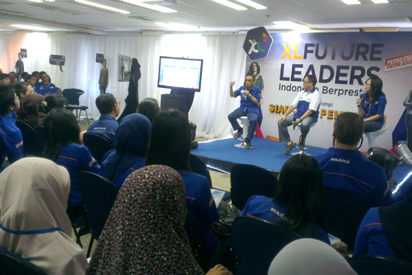 Photo of Presdir XL & Dirut Indosat bagi ilmu di XL Future Leaders