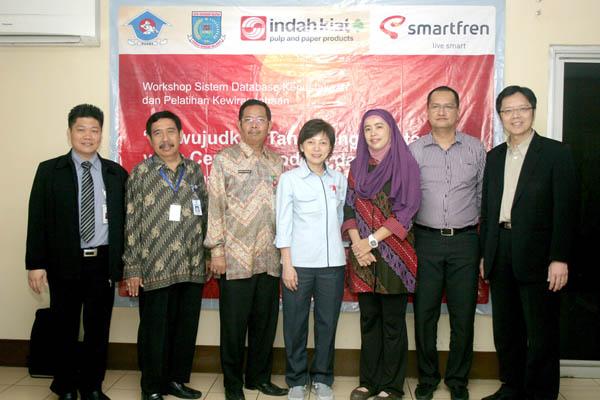 Photo of Pelatihan Internet  bagi Usaha Mikro Kecil Menengah & Koperasi