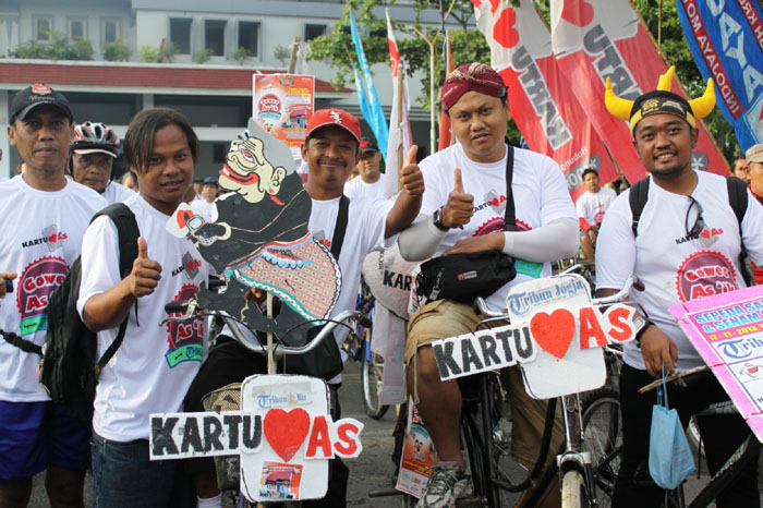 Photo of Kartu As Gowes As'ik Memecahkan Rekor MURI