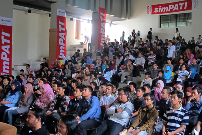 Photo of Melalui Digital Creative Indonesia Competition  Telkomsel Jaring Anak Muda Kreatif