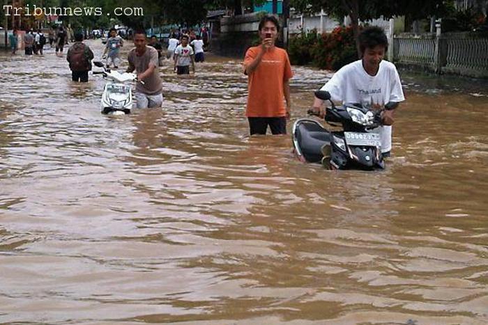 Photo of Banjir Manado XL Pastikan Jaringan Tidak Terganggu