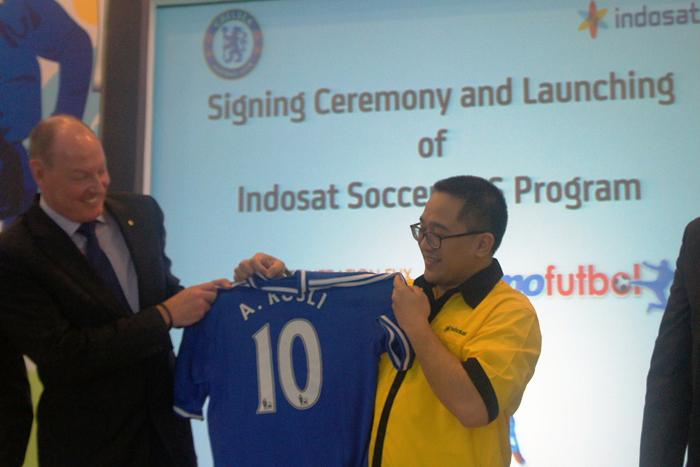 Photo of Indosat Menjadi exclusive Official Telecom Partner untuk Chelsea