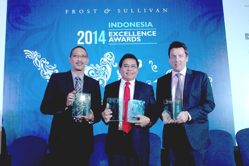 Photo of Empat Penghargaan buat Telkomsel
