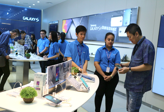 Photo of Samsung dan Erafone Membuka Samsung Experience Store (SES)Dengan konsep baru