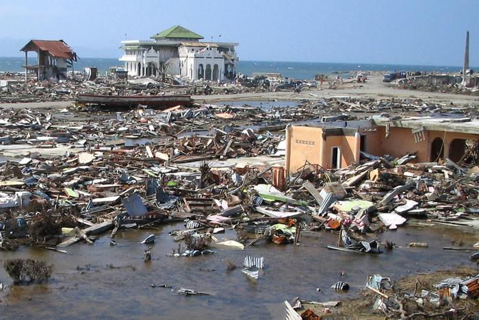Photo of Indosat bersama Google hadirkan peringatan dini Tsunami & Gempa Bumi