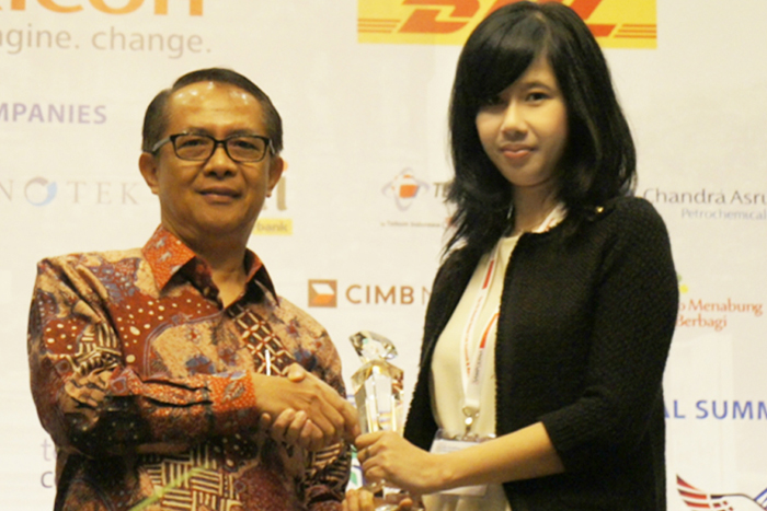 Photo of Indosat Raih Women Empowerment Award 2015