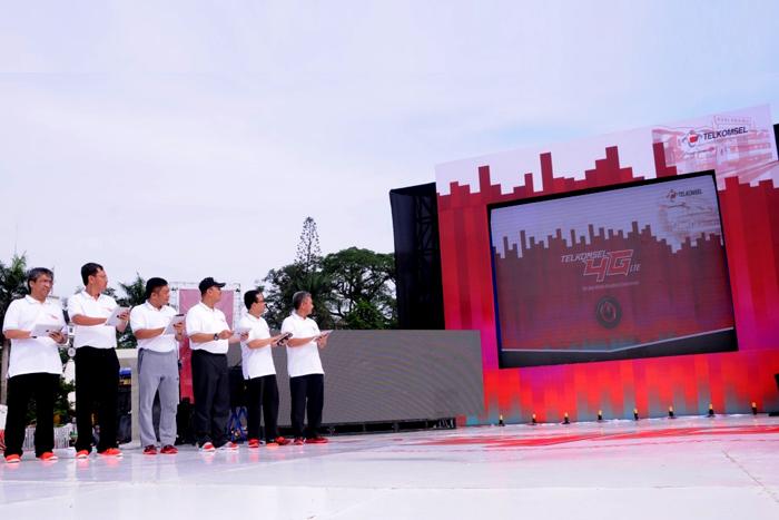 Photo of Wujudkan Medan Sebagai Kota Modern, Telkomsel hadirkan 4G LTE