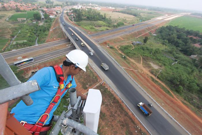 Photo of XL Tempatkan 170 BTS di Sepanjang Tol Cipali