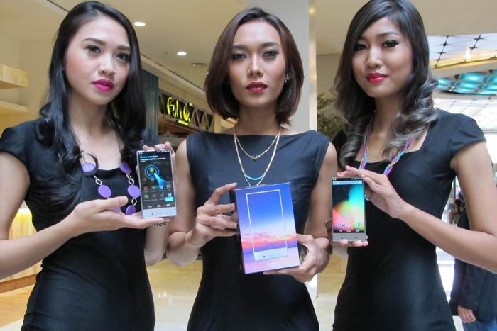 Photo of SHARP Gandeng Qualcomm, XL Axiata, dan Distributor SCM Menggebrak Pasar Henpon di Indonesia