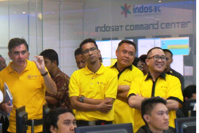Photo of Trafik SMS Indosat hari H 2015 naik 44.43% dibandingkan hari H tahun 2014