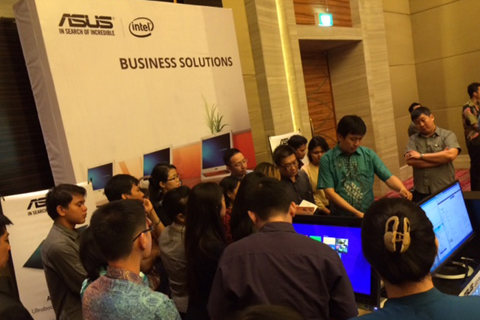 Photo of ASUS Perkenalkan Update Terbaru Notebook dan Desktop Komersial