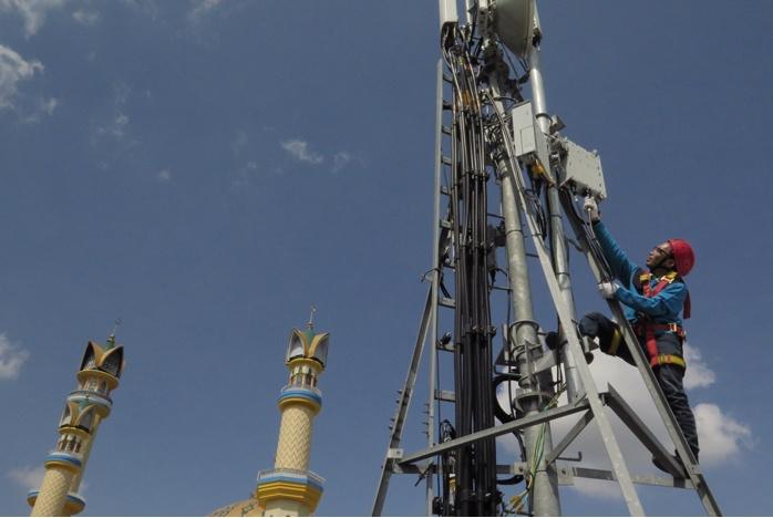 Photo of Indosat Ooredoo & XL Axiata Kerjasama Jaringan untuk Memperluas Layanan 4G LTE
