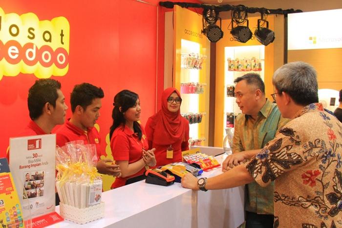Photo of Gerai Pertama ndosat Ooreedoo untuk Layanan Telekomunikasi dan Handset Bundling
