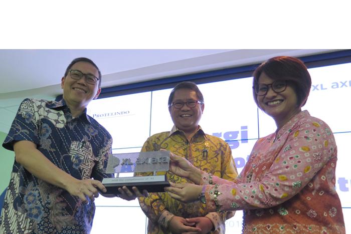Photo of Kerjasama XL Protelindo Kukuhkan Penyehatan Industri Telekomunikasi