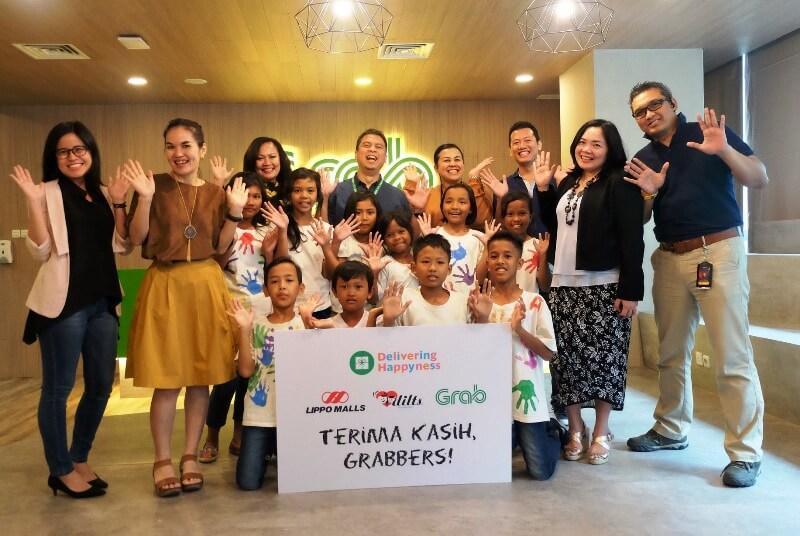 Photo of Delivering Happyness, Inisiatif Grab untuk Kemanusiaan