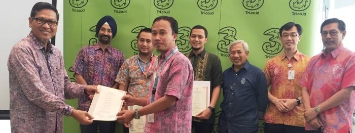 Photo of SDM di Hutchison 3 Indonesia Tersertifikasi Badan Nasional Sertifikasi Profesi