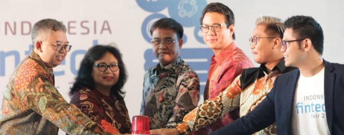 Photo of Asosiasi Fintech Indonesia Gelar Fintech Fair 2018 untuk mengenalkan Fintech Ke Masyarakat Lebih Dekat