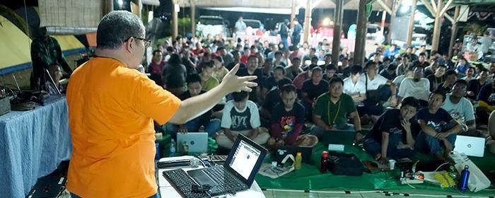 Photo of IT Camp Kembali Digelar membahas lebih dalam tentang hacking Big Data